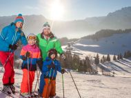 Golling_Familie_Skifahren_Moosegg