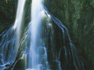 Gollinger_Wasserfall_Still_oder_Prickelnd
