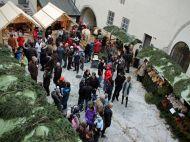 adventmarkt-auf-der-burg